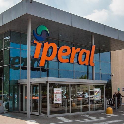 I negozi iperal for Arredamenti piemonti carate brianza